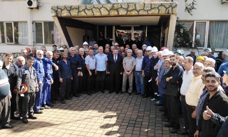 Photo of إنجاز غير مسبوق في الكهرباء والرئيس الأسد يكافئ العمال