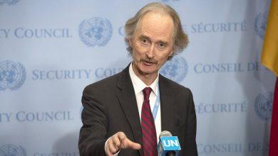 """Photo of بيدرسون يعلن موعد استئناف """"الدستورية"""" ويطالب برفع """"العقوبات"""" عن سوريا"""