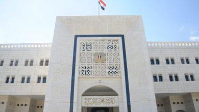 Photo of قرار حكومي يقضي بتصريف 100 دولار عند دخول الأراضي السورية