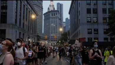"Photo of ""بلد العنصرية"" .. اندلاع احتجاجات في ولاية بنسلفانيا(فيديو)"