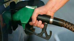 Photo of البرازي: أؤيد تحرير سعر البنزين.. ويمكن دراسة تقديم الدعم مادياً للمواطن