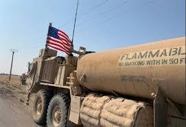 Photo of الاحتلال الأمريكي يخرج رتل صهاريج معبأة بالنفط السوري المسروق الى العراق