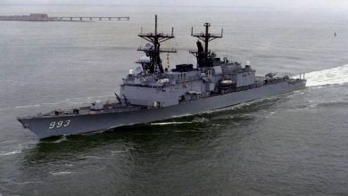 Photo of روسيا تمنع مدمرة أمريكية من انتهاك حدودها البحرية
