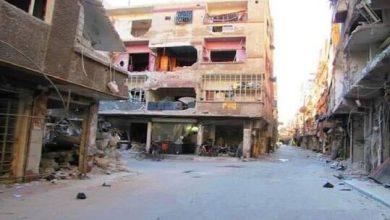 """Photo of سكان مخيم اليرموك الفلسطيني بدمشق يبدؤون """"العودة"""" إليه"""