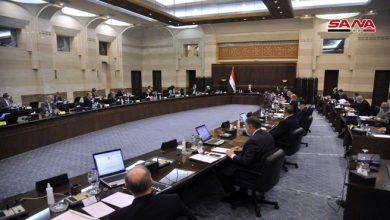 Photo of الحكومة بالجلسة الأسبوعية: التشدد بالعقوبات القانونية بحق المتاجرين بالمواد المدعومة
