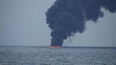 """Photo of انفجار ناقلة نفط سعودية بميناء جدّة… والأنباء تتحدث عن """"استهداف خارجي"""""""