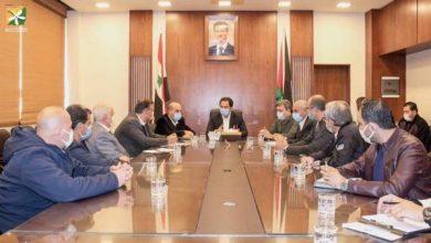 Photo of محافظة دمشق تتوعد (السرافيس) المخالفة بسحب بطاقاتها الذكية ؟