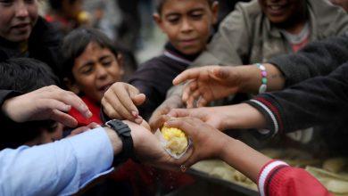 Photo of 90 في المئة من السوريين تحت خط الفقر… والحكومة تختبئ خلف قانون قيصر