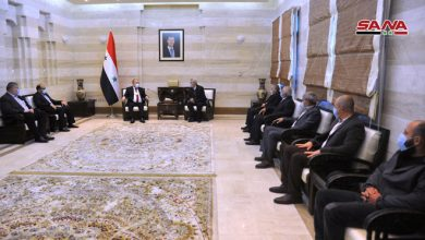 Photo of Prime minister receives national document of resis*tance form Golan delegation