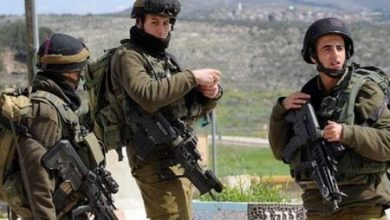 Photo of Isra*eli occupation forces arrest four Palestinians in the West Bank