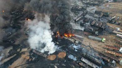 Photo of مجدداً.. الجيش يستهدف سوق النفط السوري المسروق عند معبر باب الهوى