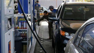 Photo of محافظة اللاذقية: تخفيض كميات تعبئة مادة البنزين للسيارات العامة و الخاصة