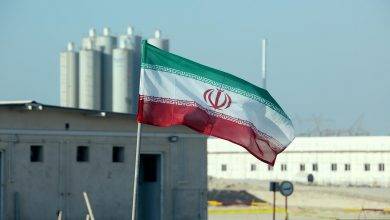 Photo of إيران تعلن إنتاج أول كمية من اليورانيوم المخصب بنسبة 60 بالمئة