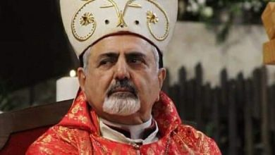 Photo of Patriarch Yonan calls for removing economic sanctions on Syrian people