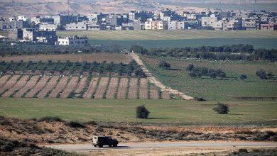 Photo of مقتل إسرائيلي وإصابة اثنين باستهداف سيارة عسكرية بصاروخ كورنيت