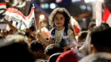 Photo of من احتفالات السوريين قبل إغلاق صناديق الاقتراع..