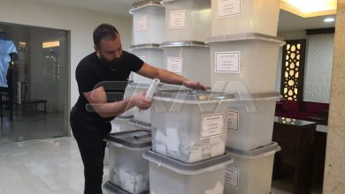 Photo of Sorting of ballots for Syrian voters to presidential elections start after closing boxes in many countries
