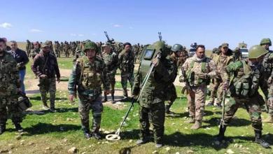 """Photo of الجيش السوري يدفع بتعزيزات ضخمة إلى البادية تستهدف """"منبع إرهابيي التنف"""""""