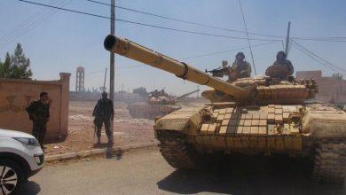 Photo of الجيش يرد على الاعتداءات الإرهابية بدرعا البلد