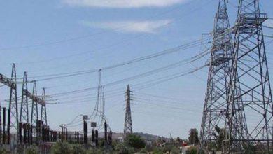 Photo of إعادة تشغيل خط نقل الطاقة الكهربائية بين درعا والسويداء بعد سنوات من توقفه