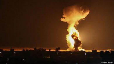 Photo of بضربات عنيفة.. الإحتلال الإسرائيلي يقصف غزة.. فيديو