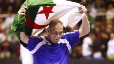 Photo of زيدان يتبرع بمليونيّ يورو لضحايا الحرائق في الجزائر