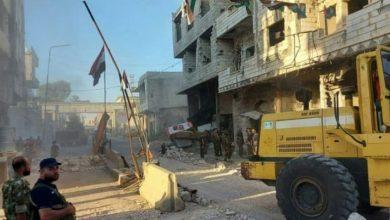 Photo of بخرق جديد.. اغتيال قاضي وهجوم إرهابي على حافلة للجيش في درعا