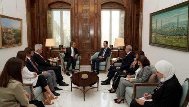 Photo of الرئيس الأسد يستقبل عضو برلمان أوروبي و الوفد المرافق له