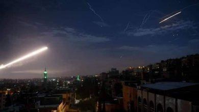 Photo of المركز الروسي للمصالحة: الدفاعات الجوية السورية دمرت 21 صاروخا إسرائيلياً من أصل 24