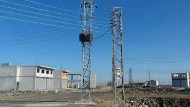 Photo of مركز تحويل كهربائي ، و إكمال الأعمال الكهربائية للمنطقة الحرفية في أم الزيتون بريف السويداء