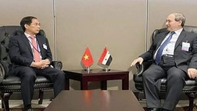 Photo of Mikdad meets Vietnamese, Cypriot counterparts, affirms continuation of mutual support at international forums