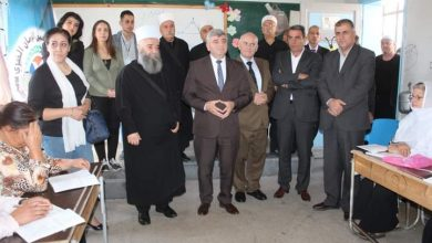 Photo of دورات محو الأمية و تكريم الدكتور عماد عبود في مركز عين الزمان الخيري بالسويداء