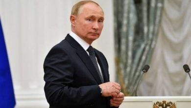 Photo of بوتين يدخل عزلاً ذاتياً