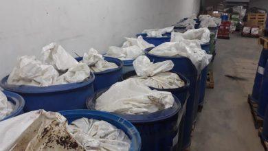 Photo of ضبط مستودع مواد غذائية غير صالح للاستهلاك البشري في الكسوة